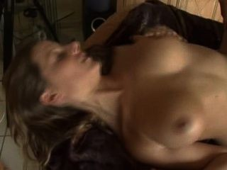 German Milf Railed And Has Her Tits Painted