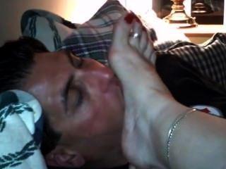Amateur Milf Feet Worship