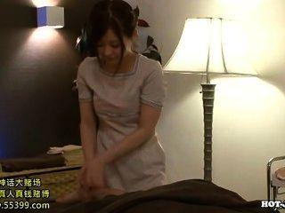 Japanese Girls Entice Hot Mature Woman In Kitchen.avi