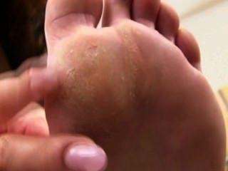 Asian Feet-14