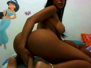 Bubble Butt Colombian Girl Phat Booty Webcam