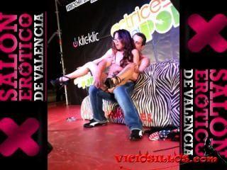 Lady Mai Masturbada Por Espontáneo En El Sev 2013 By Viciosillos.com