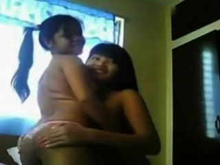 Amateur Webcam Lesbians