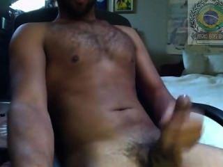 Negão Se Masturbando Na Frente Do Pc . Visite : Negrosboy.blogspot.com.br/
