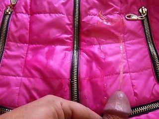 моча на куртке