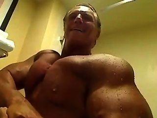 Muscledad Dennis 003