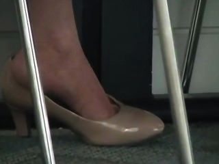 Candid Asian Shoeplay Feet At Bank