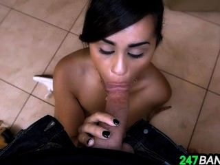 Sexual Service From The Maid Eva Saldana.6