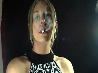 Jessica Smoking Hot!