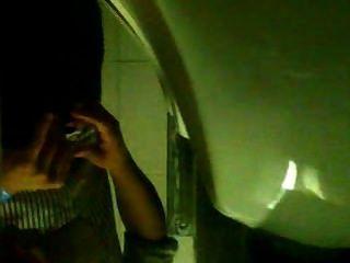 Spycam/ Espiando Baño De Boliche 4