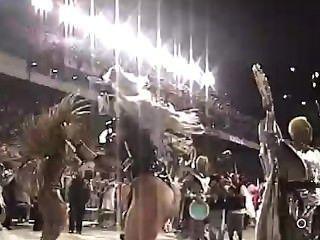 Lívia Andrade Desfile Gaviões Da Fiel 2009