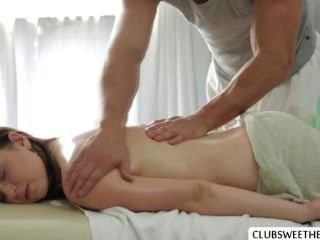 Horny Sheilas Playful Experience With Bf While Bf Gives A Relaxing Massage