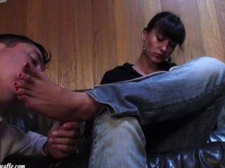 Lara Foot Worship Fcc