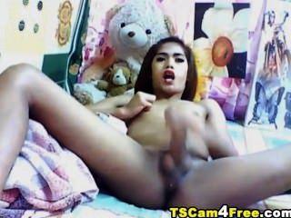Horny Am Tranny Masturbating Her Cock