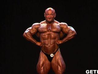 Pro Musclebull Robert Petrkovich Grand Prix House Pro 2014