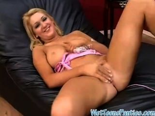 Julia Rubbing Her Wet Cotton Pantiehose
