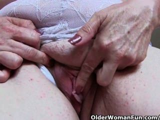 Granny Does Her Weekly Pussy Workout