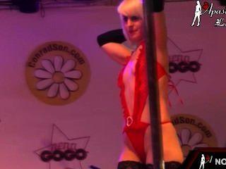 Desfile De Apasionada Lencería Sexy En El Festival Erótico De Alicante 2014