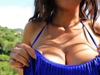 Fernanda Ferrari - Jiggle Jiggle