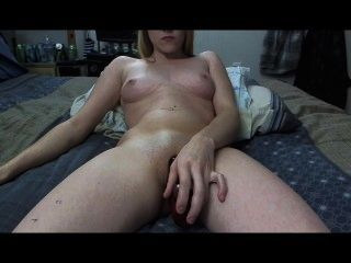 Sexy Sandra Come Clean Me Up