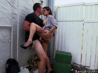 Hot Latina Milf Ass Fucked In An Alley