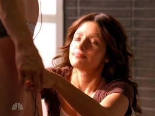 Stacy Haiduk And Sarah Shahi In Life S02e02