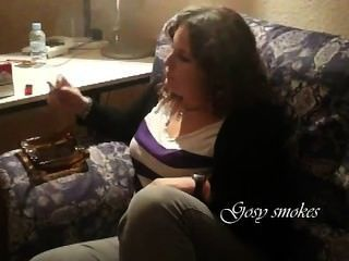 Gosy Smoking A Marlboro Red 100,s,young Girl Smoking!.