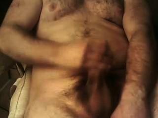 Hot Bearded Boii Cum