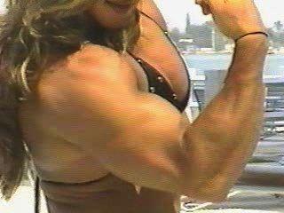 Fbb Yaxeni Oriquen Flexing Biceps