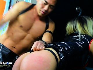 Scarlet Riot And Master Tom At Oasis Aqualounge For Amateur Porn Night