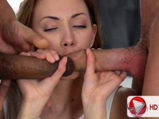 Camila Video HD