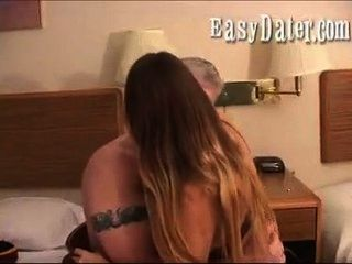 Easy Dater : Married Slut Gets Caught