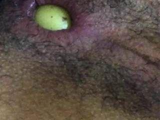 Nigga Masturbating Very Deep With A Huge Potato