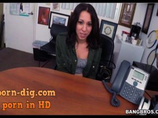 Ho In Headlights - Breaking In Sophia To The Biz! - Sophia Torres