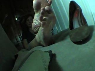 La Creme Wrinkling Toes Masterbation