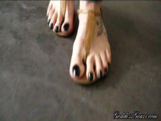 Feet Sandals