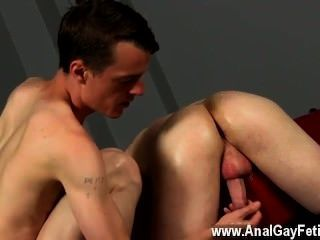 Gay Xxx He Gives The Straight Bottom Plenty Of Hammering All Through It