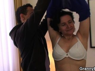 Threesome lesbien sluts masturbatian