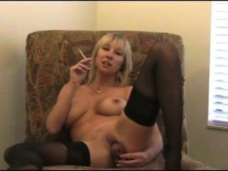 Smoking Mommy Joi