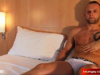 Ass Massage For A Real Straight Guy: Pierre Serviced Despite Of Himself !