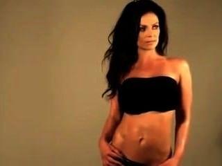 Fitness Model Denise Posing
