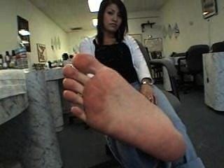 Vietnamese Feet