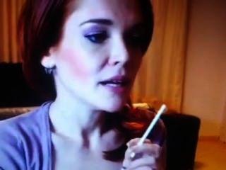 Alice 2010 Smoking