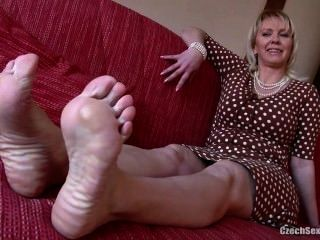 Consider, Amateur mom feet soles question apologise