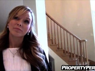 Real Estate Agent Fucks Pervert Client To Help Sell House Homemade Video