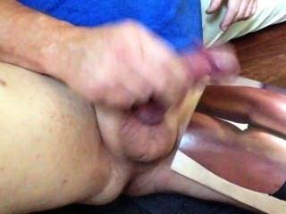 Cuming On Bronze Ass, By Master Masturbater Allhandsondick