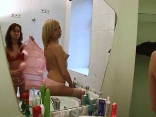 Polish Serious Dildo Testing On Toilet