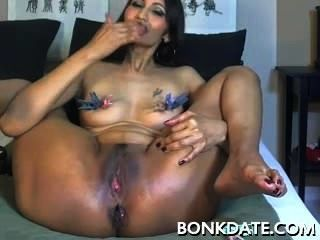 Kinky Milf Toys Pussy And Ass