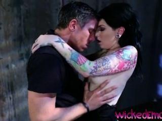 Draven Seduced Mick Like A Sexy Demon