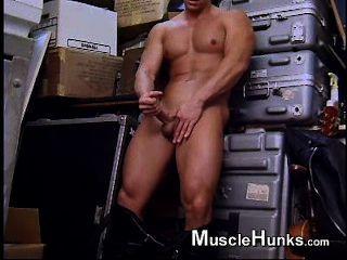 Nick Jerk Off